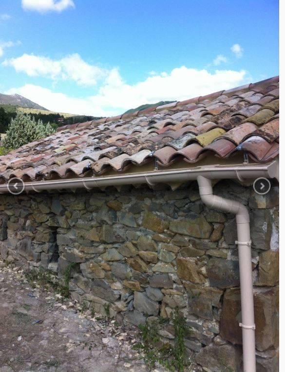Rénovation de toiture avec résine hydrofuge à Aix en Provence - Entreprise de construction et ...